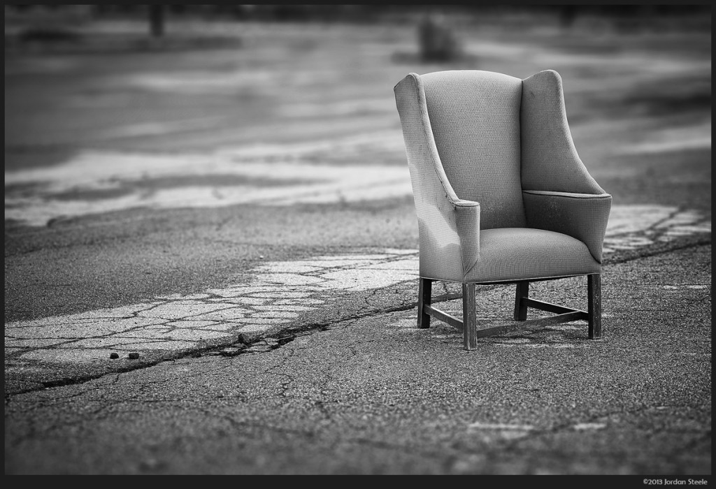 Abandoned Chair - Day #3 (click to enlarge)