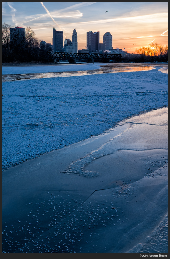 Sunrise over the Frozen Scioto - Fujifilm X-E2 with Fujinon XF 23mm f/1.4