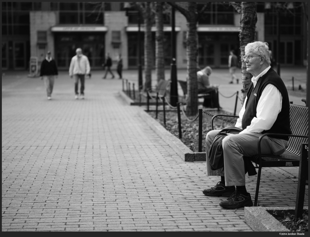 Waiting - Olympus OM-D E-M5 with Panasonic Leica 42.5mm f/1.2 Nocticron @ f/1.2