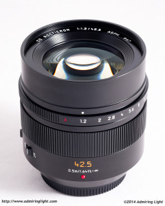 Panasonic Leica 42.5mm f/1.2 DG Nocticron OIS