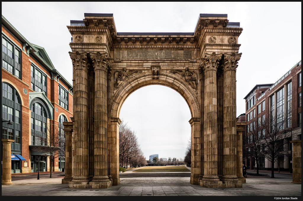 Union Station Arch - Olympus OM-D E-M5 with Panasonic Leica 42.5mm f/1.2 Nocticron @ f/1.2 (41 image stitch)
