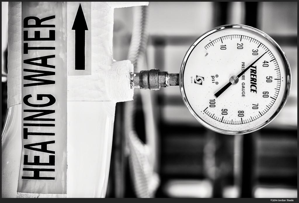 Pressure - Fujifilm X-E2 with Fujinon XF 56mm f/1.2 @ f/2.8