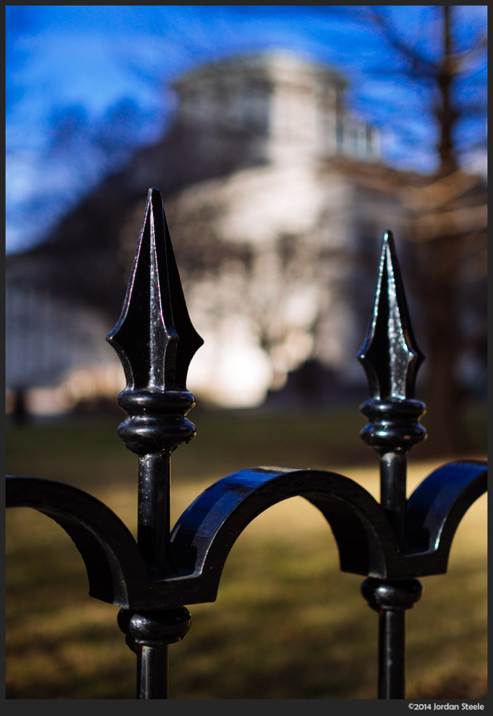 Statehouse Fence, Columbus, OH - Olympus OM-D E-M5 with Olympus 25mm f/1.8 @ f/1.8