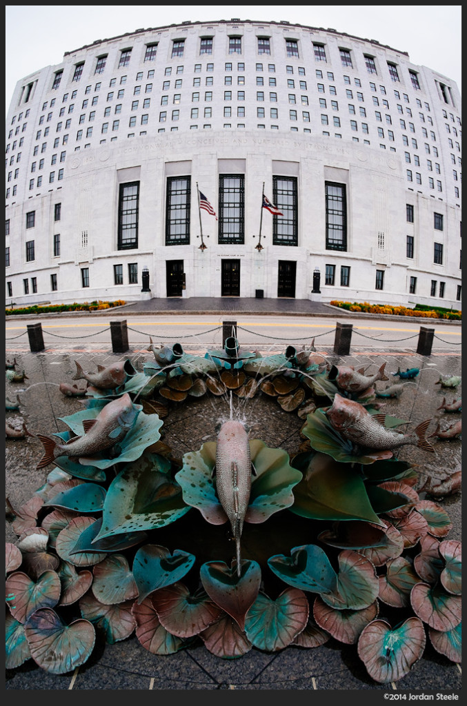 Supreme Court Fish - Fujifilm X-E2 with Rokinon 8mm f/2.8 UMC Fisheye II