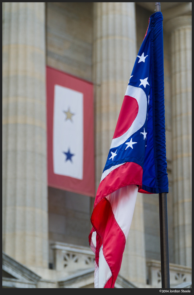 Statehouse Flag - Sony NEX-6 with Sony 18-105mm f/4 G OSS @ 70mm, f/4, 1/320s