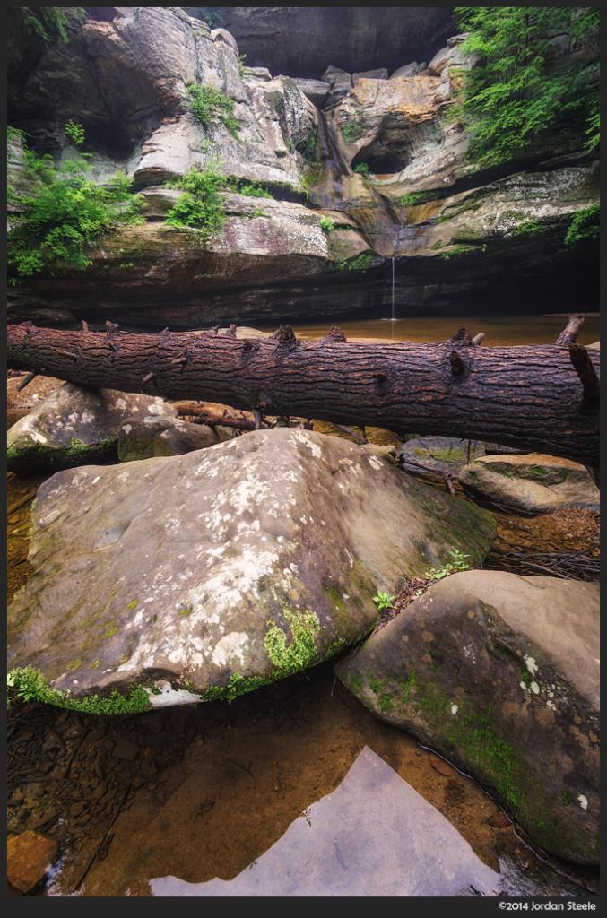 Cedar Falls, Hocking Hills, OH  - Sony a6000 with Rokinon 12mm f/2.0 NCS CS