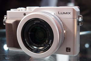 Panasonic's New LX100 with 4/3 sized sensor