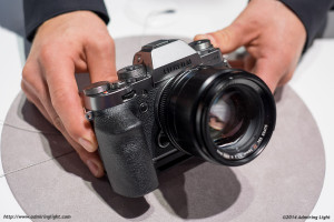 The silver graphite X-T1 with the new 56mm f/1.2 APD