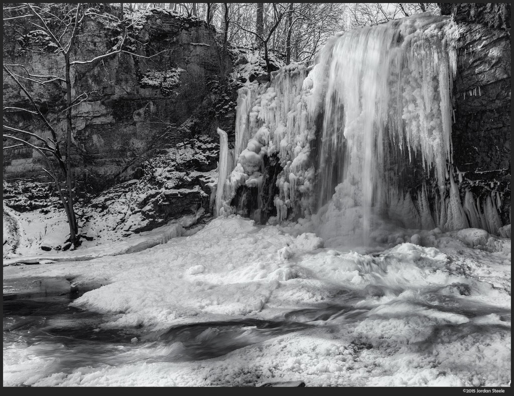 Frozen Falls - Samsung NX1 with Samsung 16-50mm f/2-2.8 @ 16mm, f/16, ISO 100