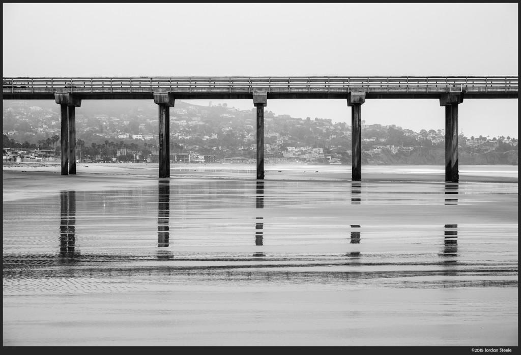 Scripps Pier, La Jolla, CA - Fujifilm X-T1 with Fujinon XF 18-55mm f/2.8-4 @ 55mm, f/8, 2.1s, ISO 200