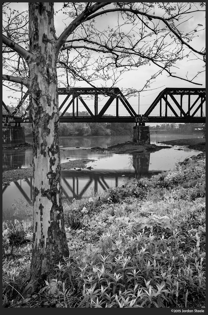 Railroad Bridge - Sony A7 II with Zeiss FE 35mm f/1.4 Distagon @ f/14