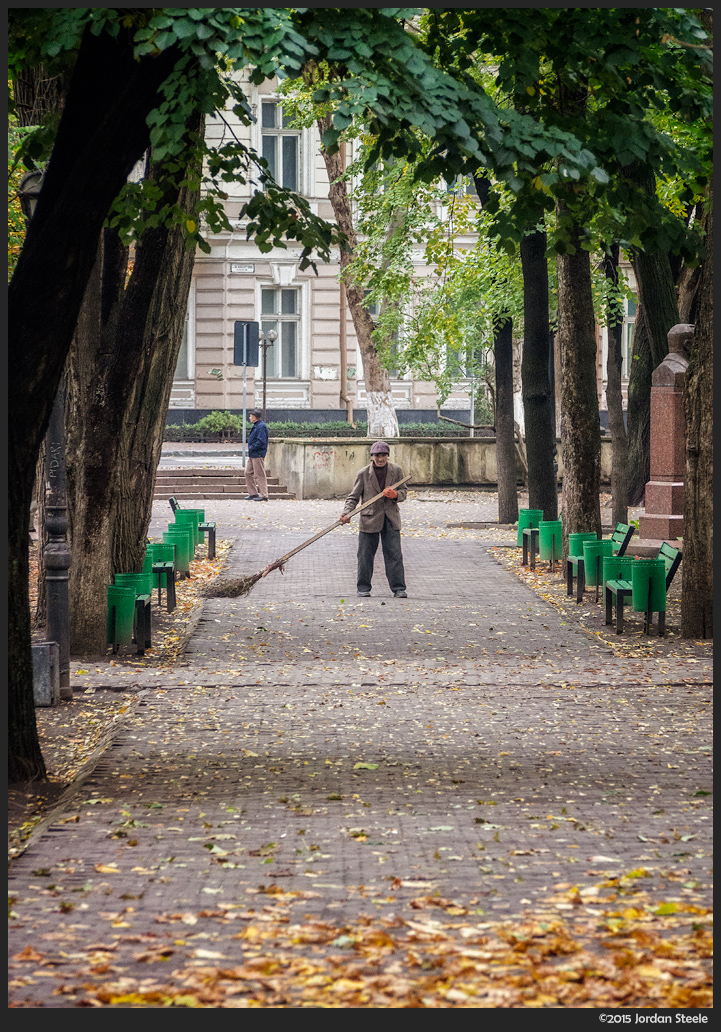 Sweeper, Chisinau, Moldova - Olympus OM-D E-M5 with 40-150mm @ 100mm