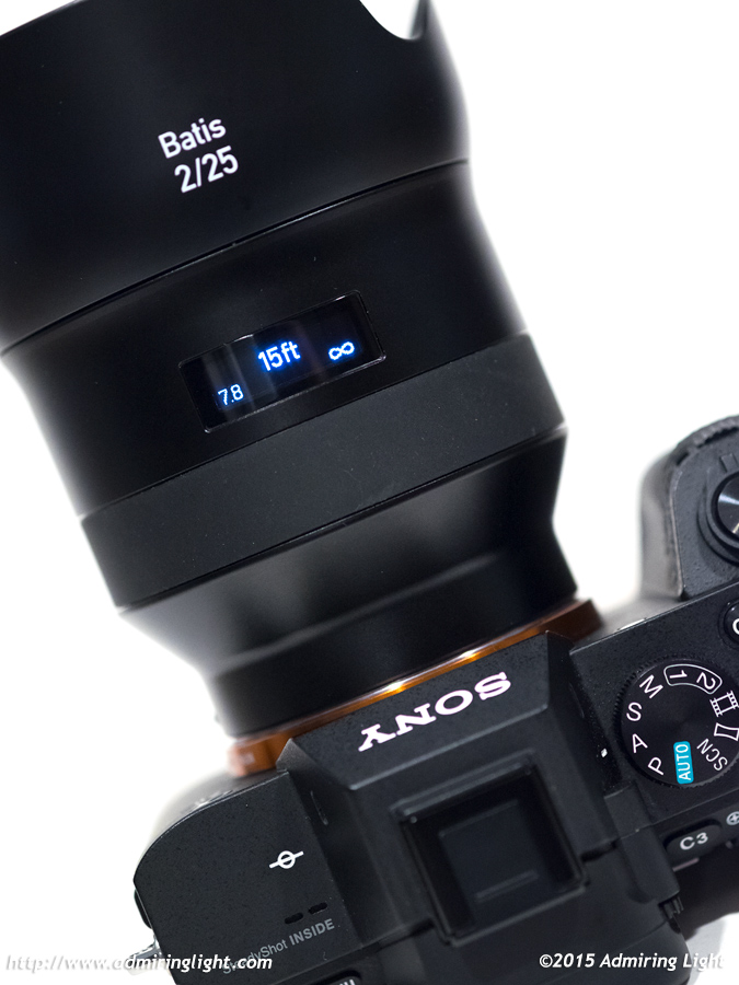 The OLED display makes finding the hyperfocal distance very easy.
