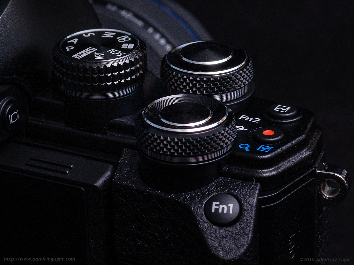 The dials on the E-M10 Mark II are large and have excellent tactile feedback