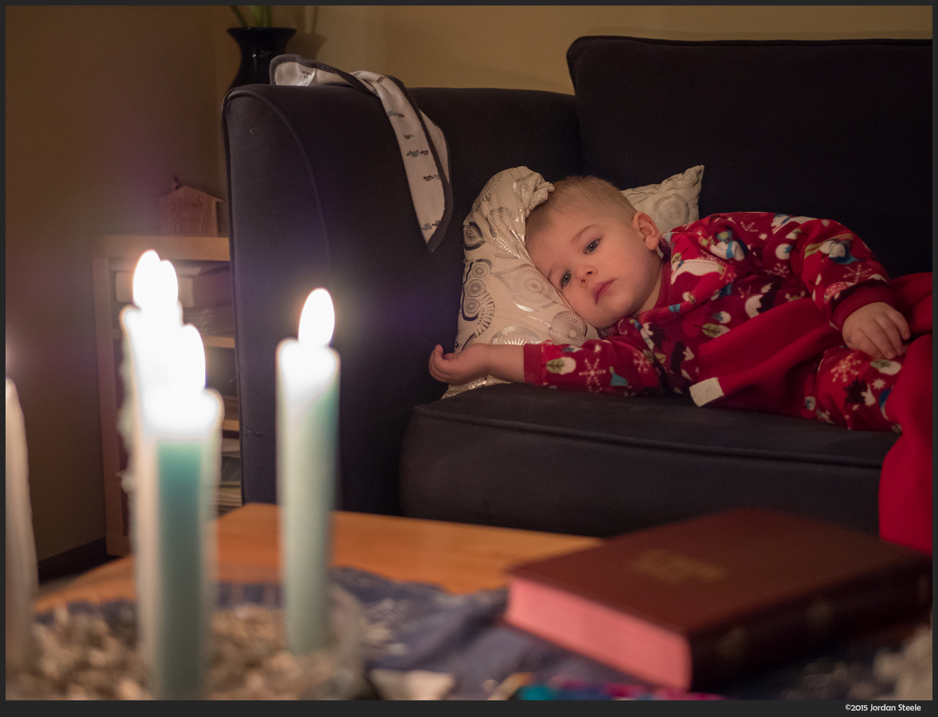 Waiting for Santa - Panasonic GX8 with Panasonic 25mm f/1.7 @ f/1.7