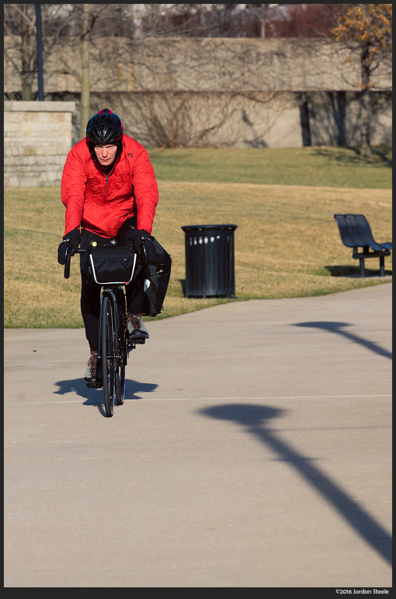 Biking in the Park - Sony A7 II with Sony FE 70-200mm f/4 G OSS at 200mm, f/8 (continuous AF)