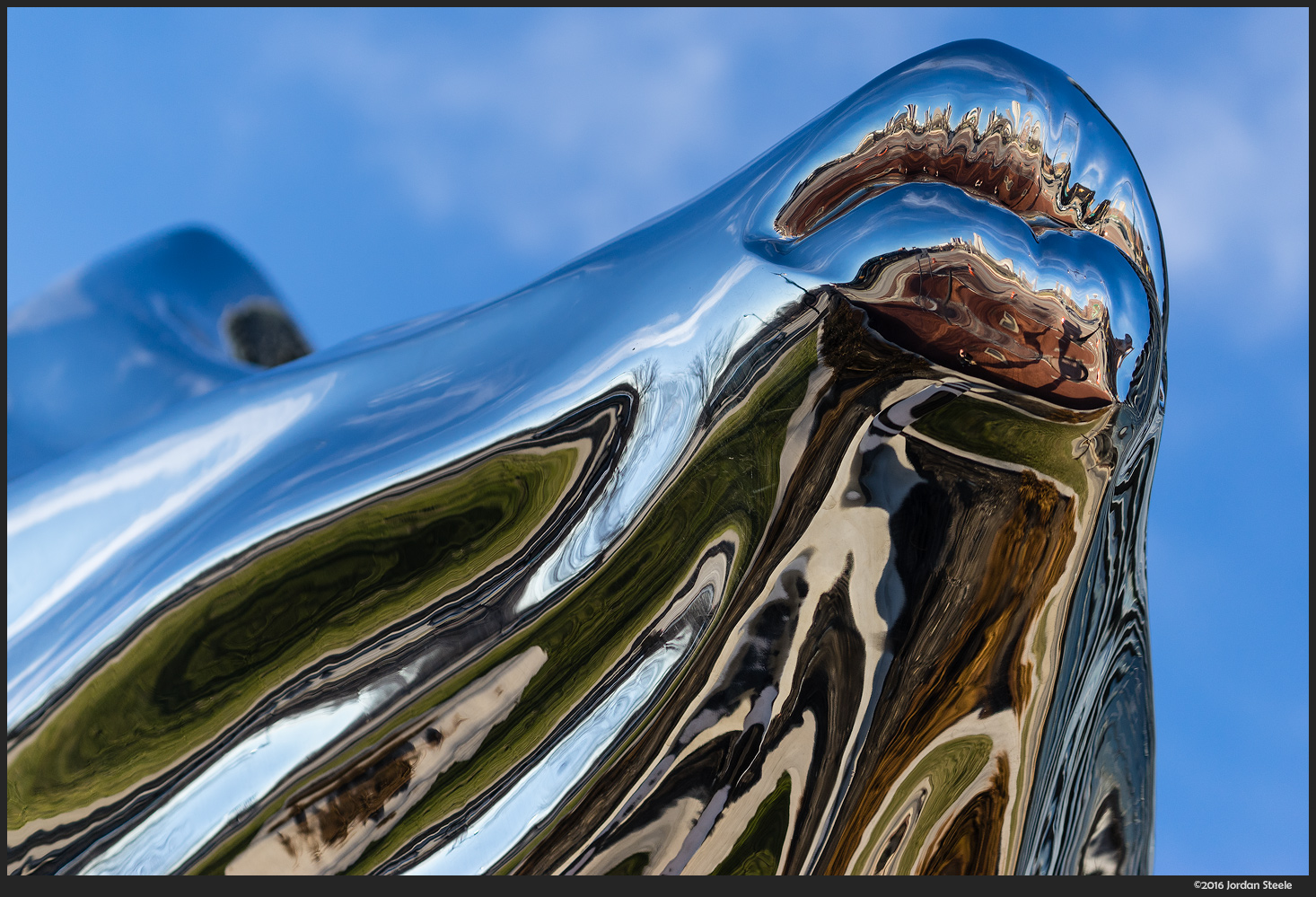 Flowing Kiss - Sony A7 II with Sony FE 70-200mm f/4 G OSS @