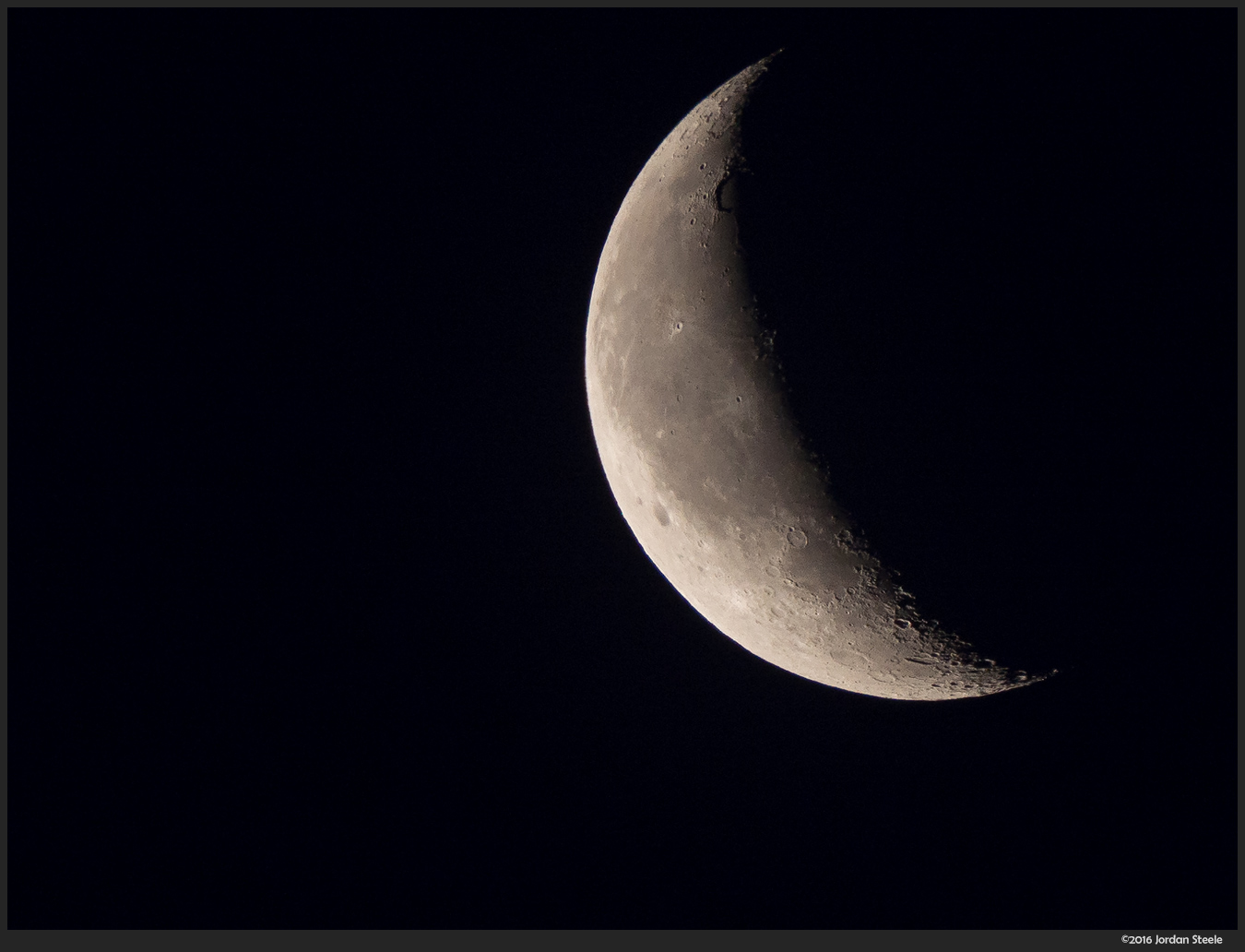 Crescent Moon - Olympus OM-D E-M10 Mark II with Panasonic Leica 100-400mm f/4-6.3 @