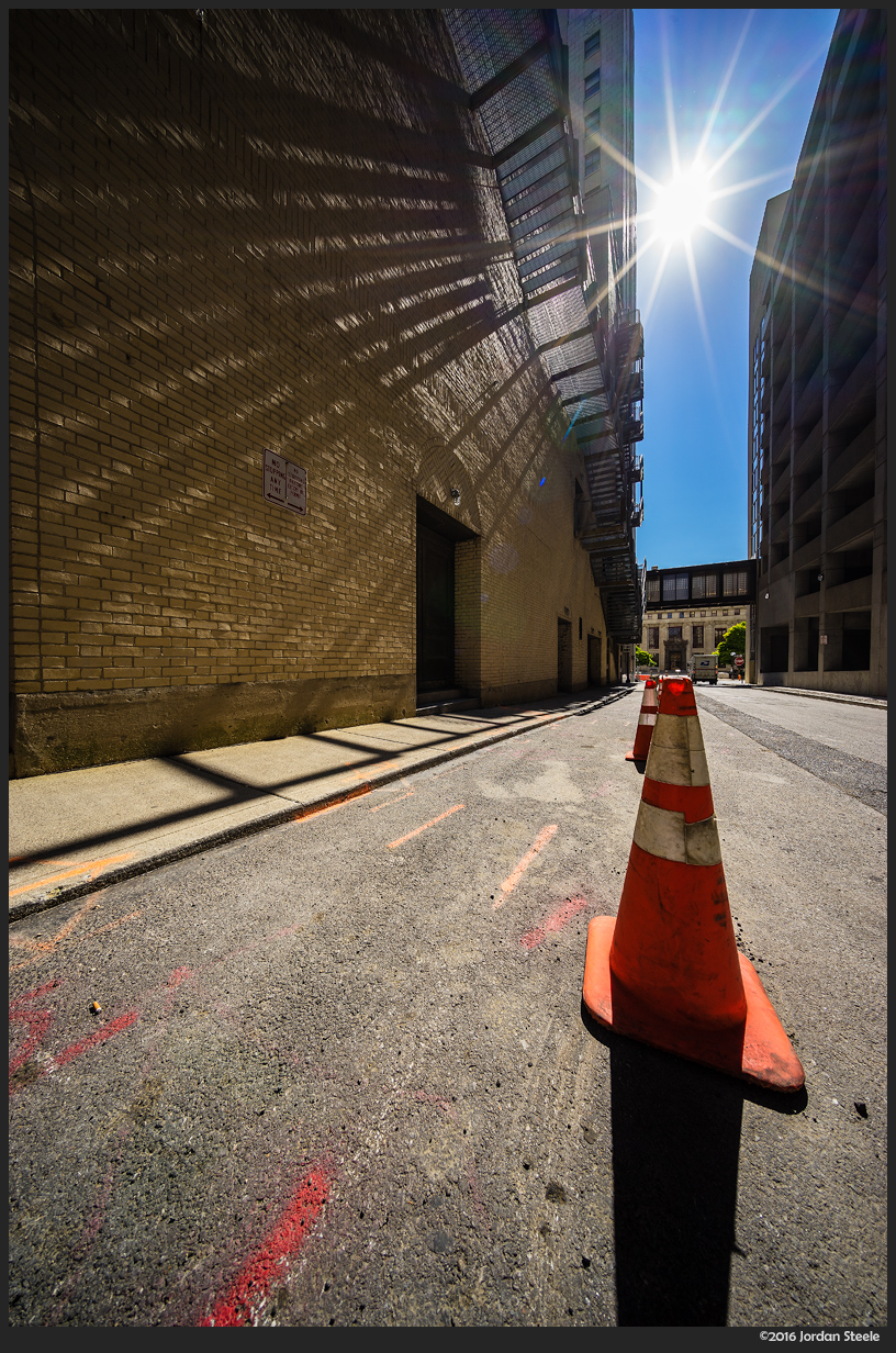 Alley Cone - Sony A7 II with Voigtländer 10mm f/5.6 @ f/8