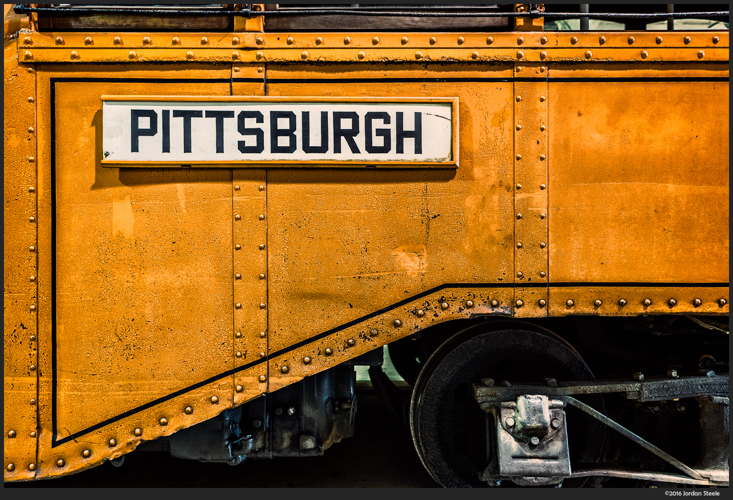 Pittsburgh Trolley - Sony A7 II with Sony FE 28mm f/2 @