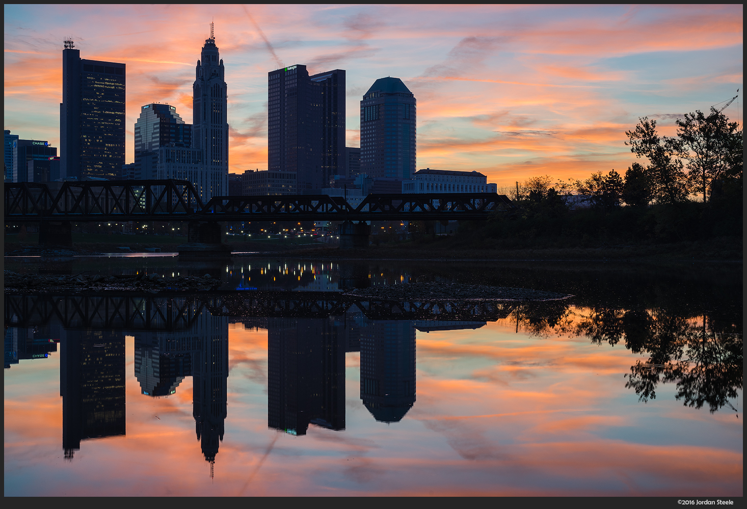 Sunrise on the Scioto - Sony A7 II with Zeiss FE 50mm f/1.4 @ f/11