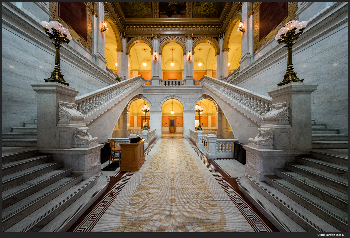 Ohio Statehouse Foyer - Sony A7 II with Voigtländer 10mm f/5.6 @ f/5.6