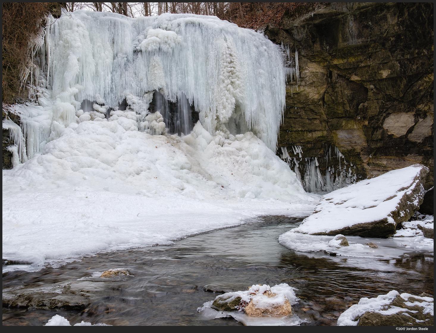 Frozen Falls - Fujifilm X-T2 with Fujinon XF 23mm f/2 R WR @ f/8