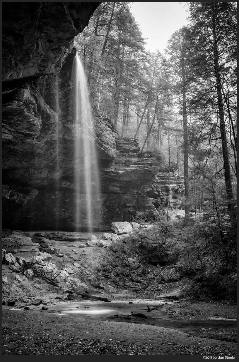 Ash Cave Falls - Fujifilm X-T2 with Fujinon XF 18-55mm f/2.8-4 @