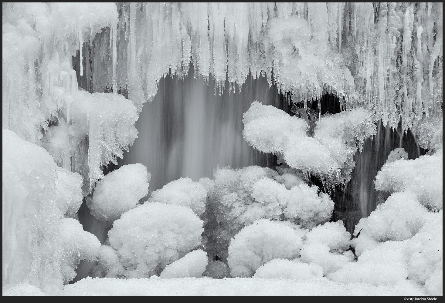 Icy Falls - Fujifilm X-T2 with Fujinon XF 55-200mm f/3.5-4.8 @