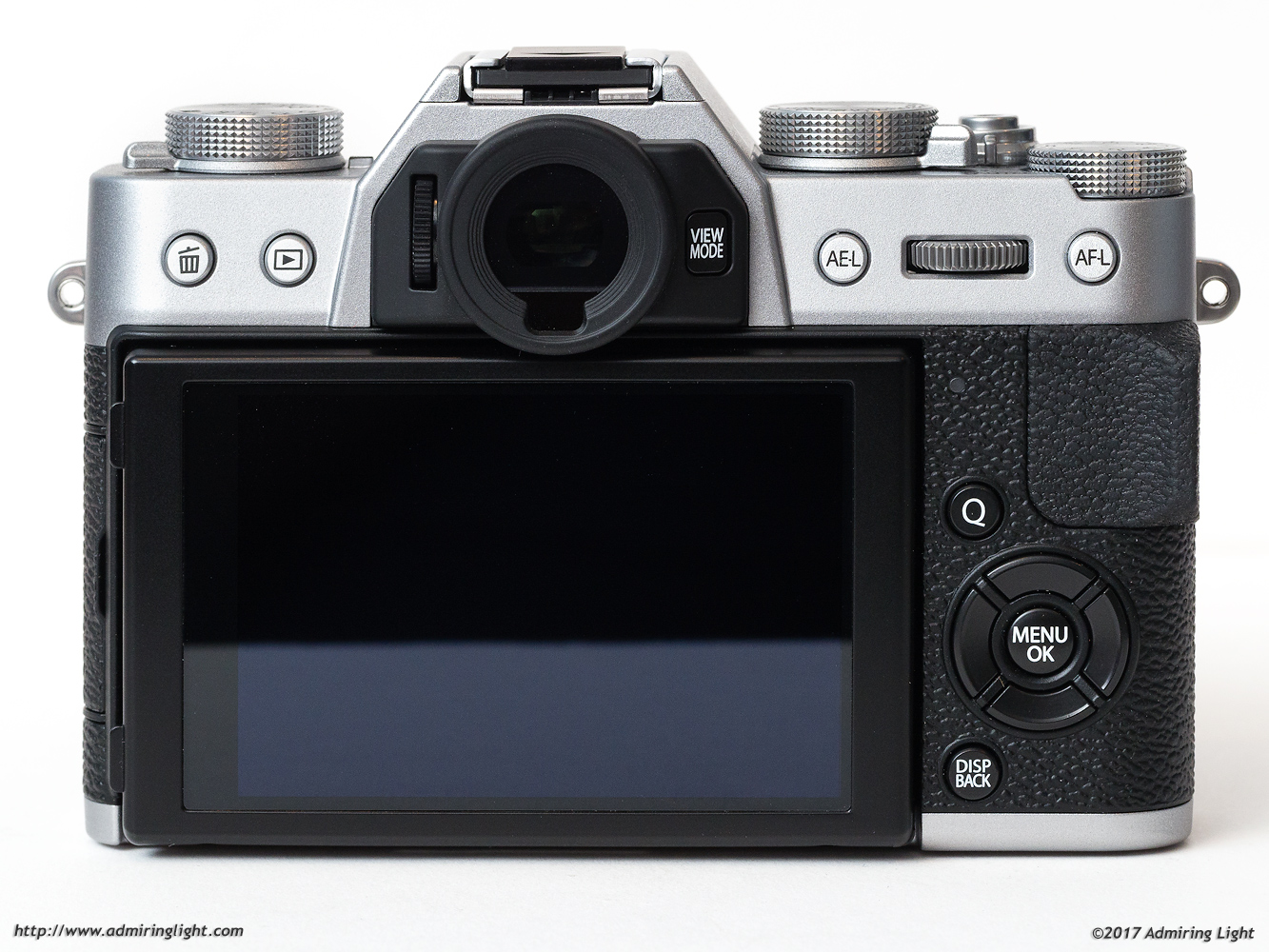 The back of the X-T20 will look familiar to most Fuji shooters