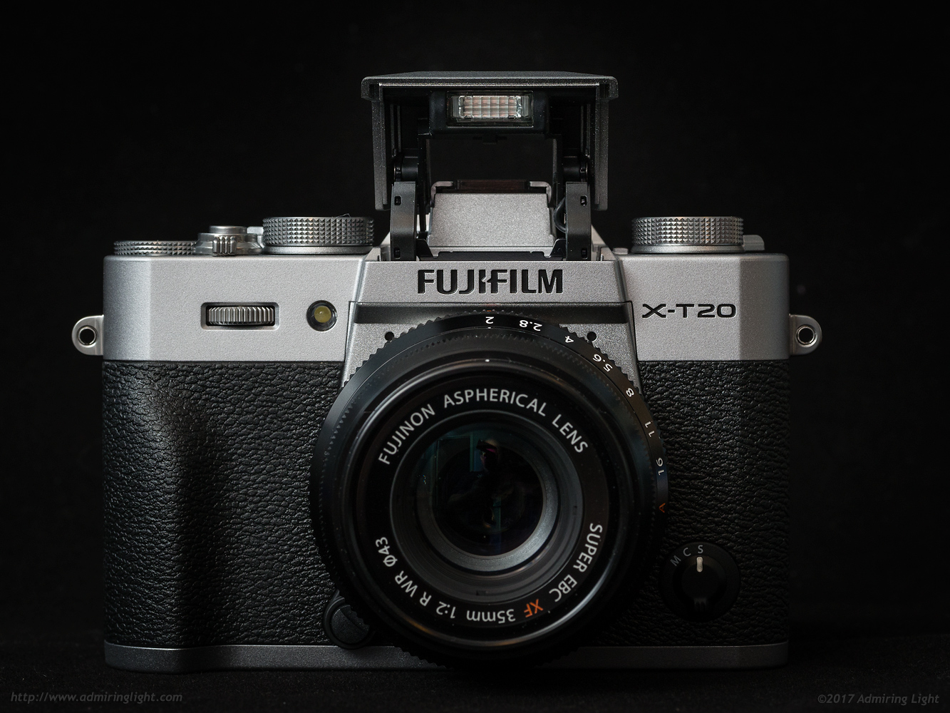 The pop-up flash of the Fuji X-T20