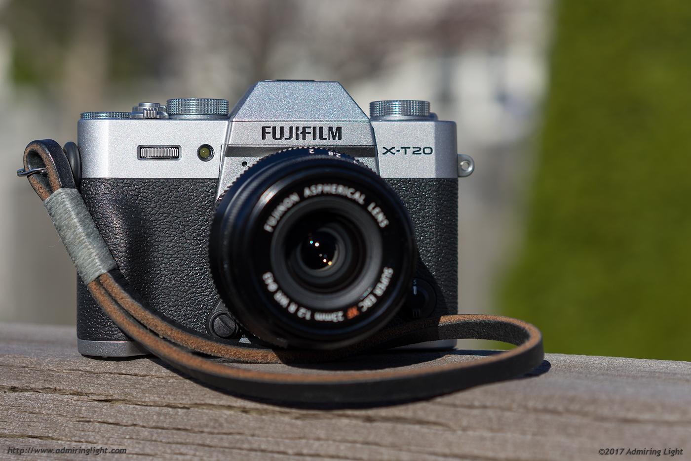 Review Fujifilm X T20 Admiring Light Xt2 Body Only