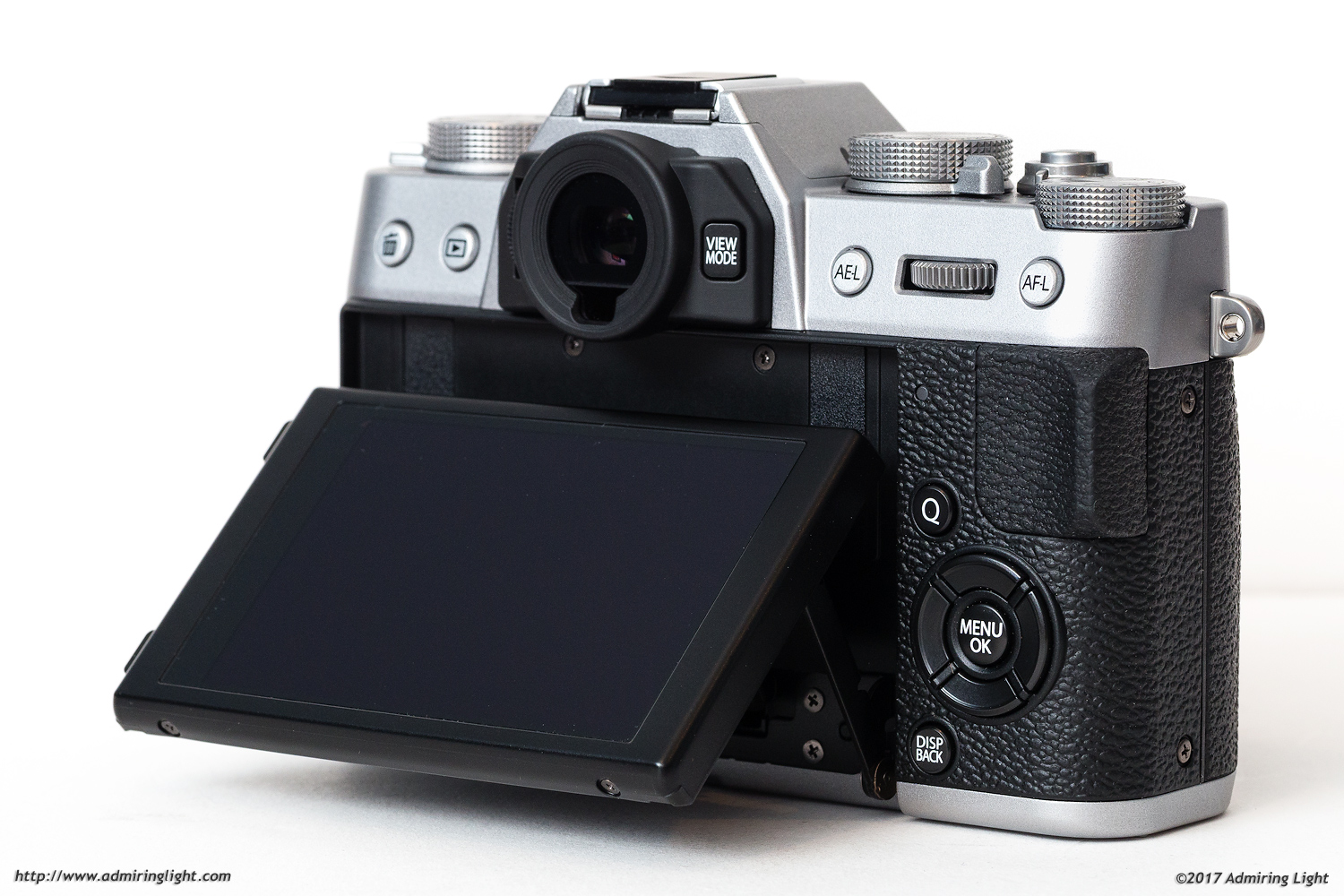 The rear touch screen of the X-T20