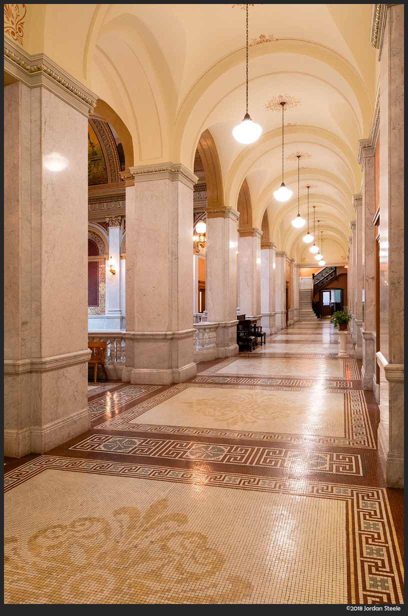 Statehouse Hallway - Sony A7 III with Sony FE 16-35mm f/4 ZA OSS @